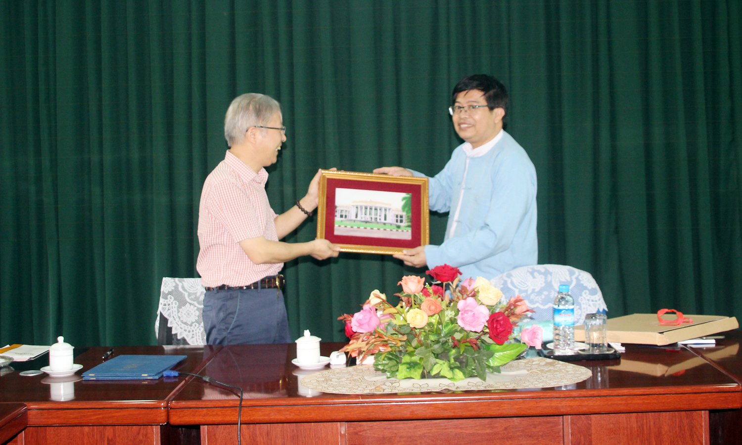 Signing Ceremony of Mou Between College of Agriculture, Guangxi University, China and Department of Botany, Maubin University, Myanmar
